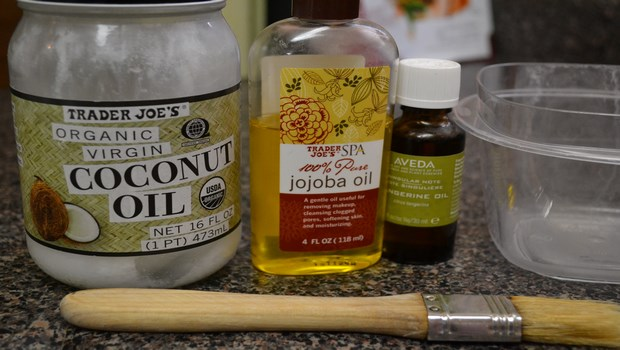 how-to-grow-facial-hair-coconut-oil-and-rosemary-essential-oil